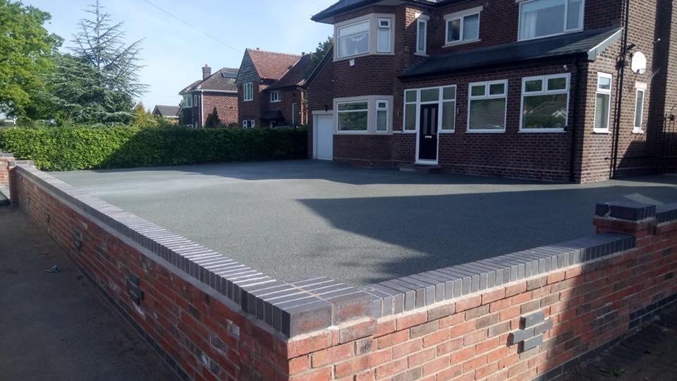 grey slate resin gravel driveway