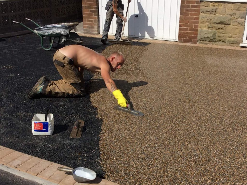 permeable resin paving install
