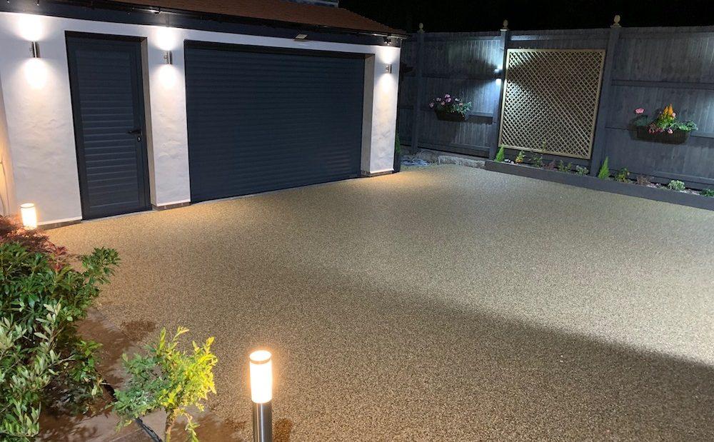 farmhouse gold resin drive